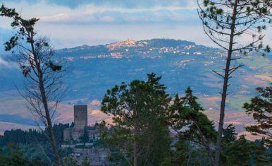 Volterra-Toskana_01