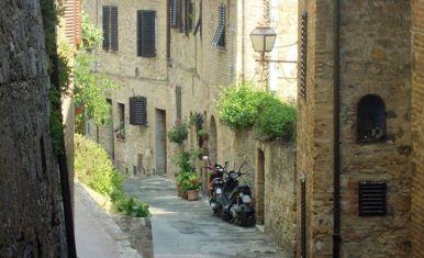 Volterra-Toskana_02